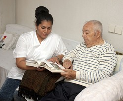 LPN with Senior at Saginaw AL Nursing Home